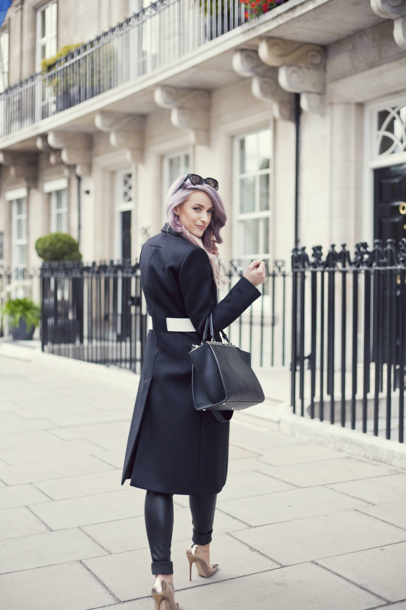 VICTORIA-INTHEFROW17