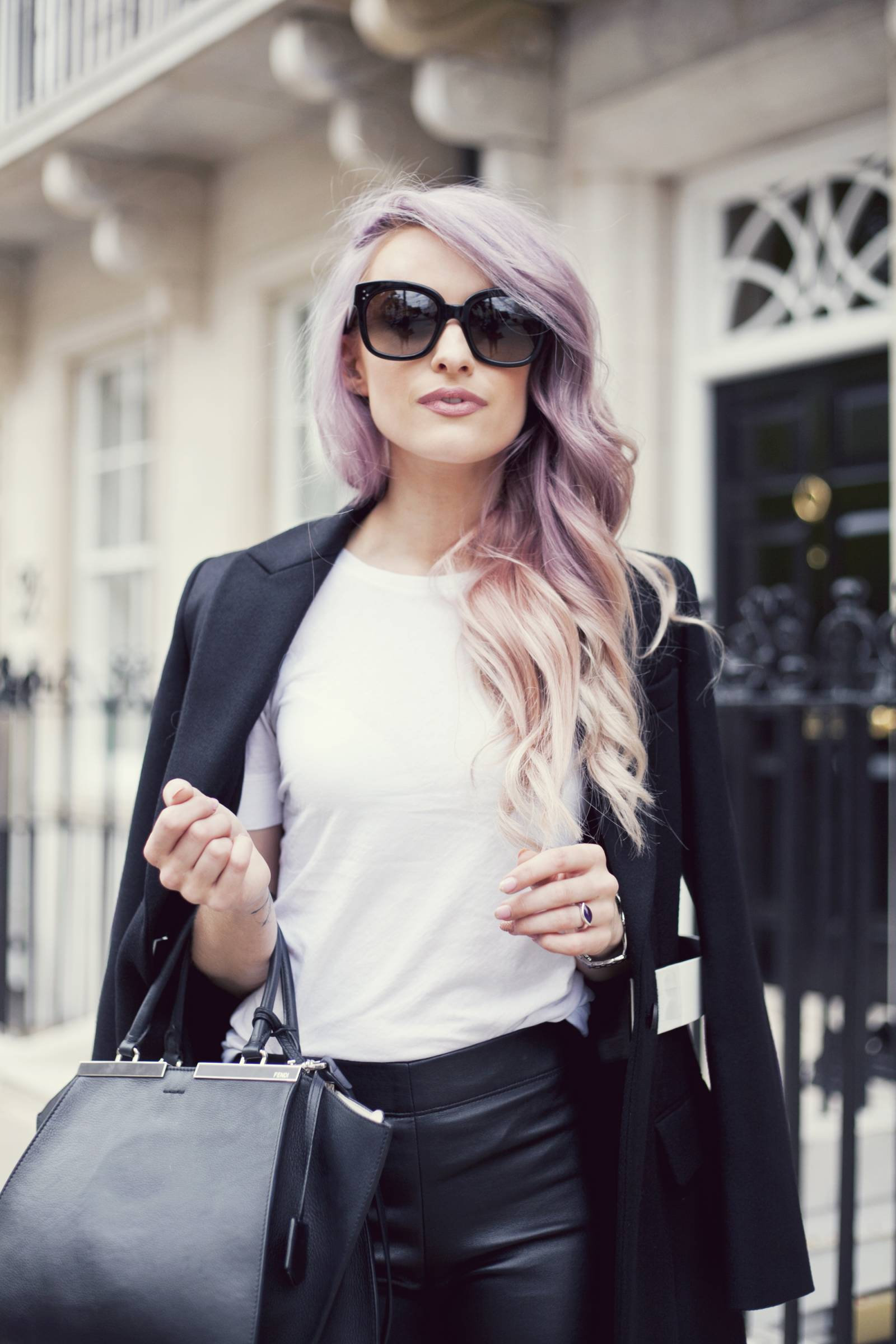 VICTORIA-INTHEFROW5