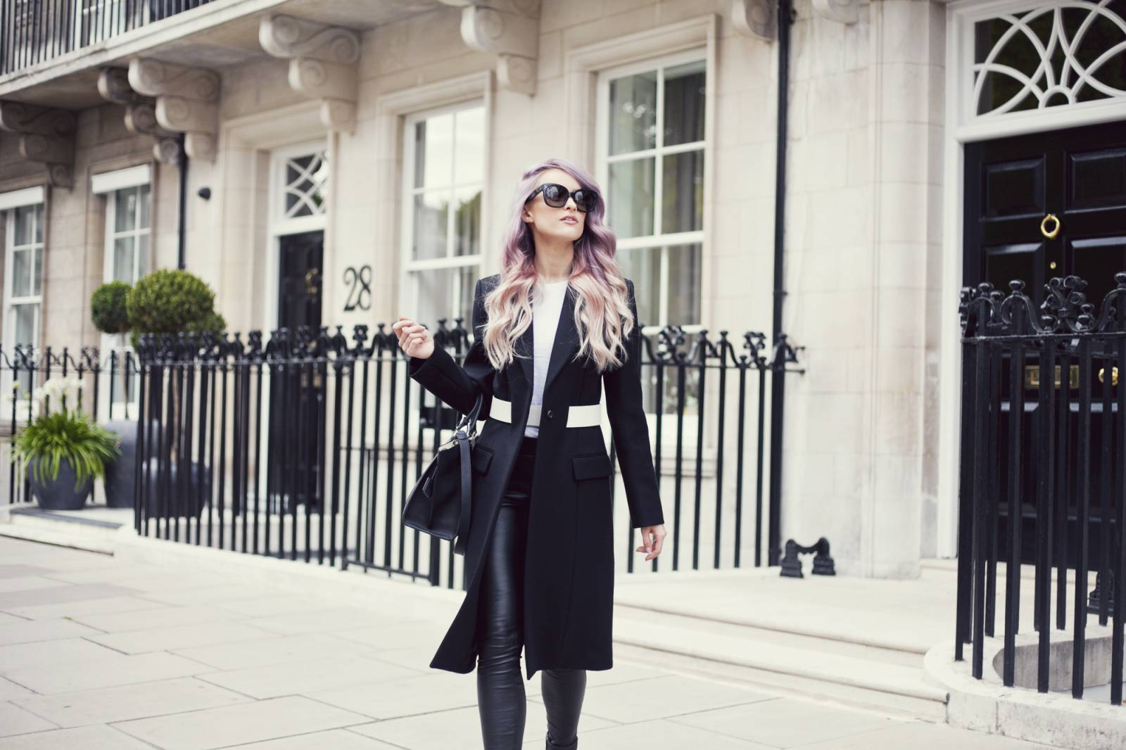 VICTORIA-INTHEFROW7-1