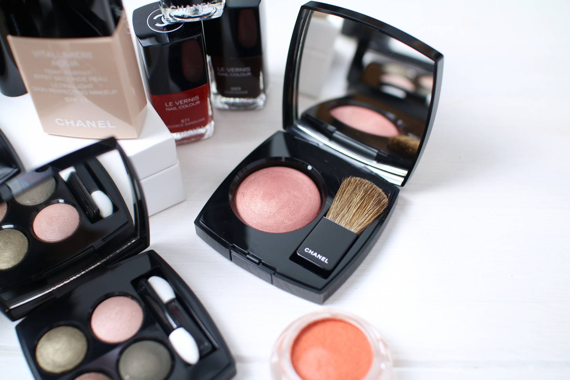 chanel autumn beauty inthefrow.com