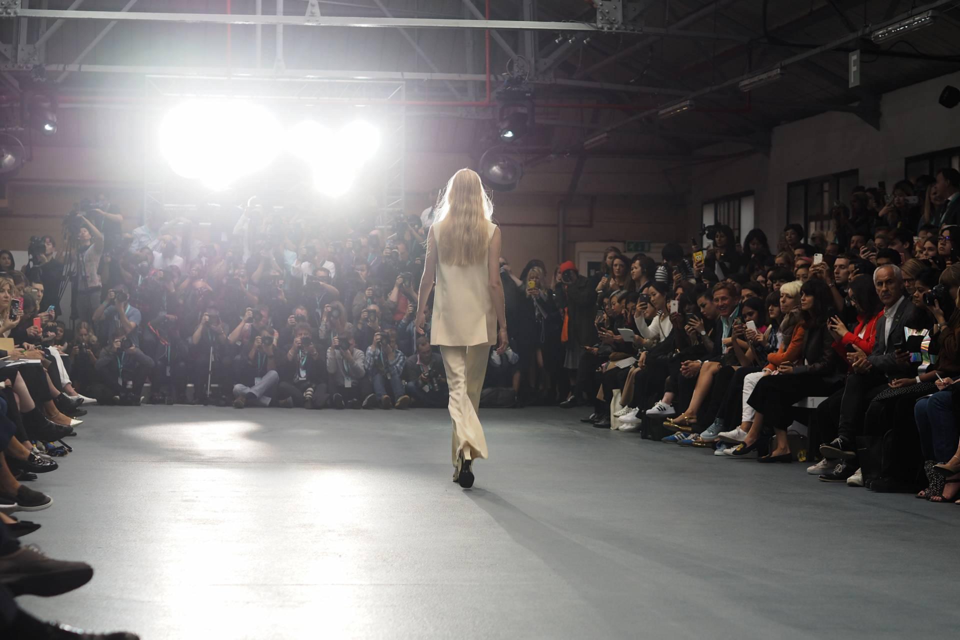 J. JS Lee S/S16 London fashion week