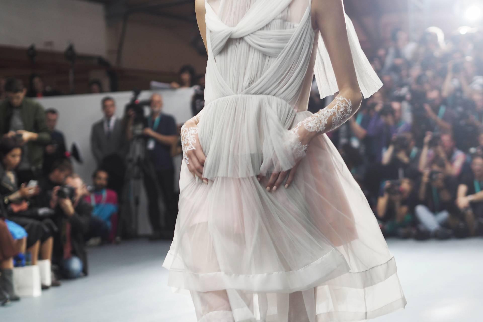 P918029Bora Aksu S/S16 London Fashion Week6