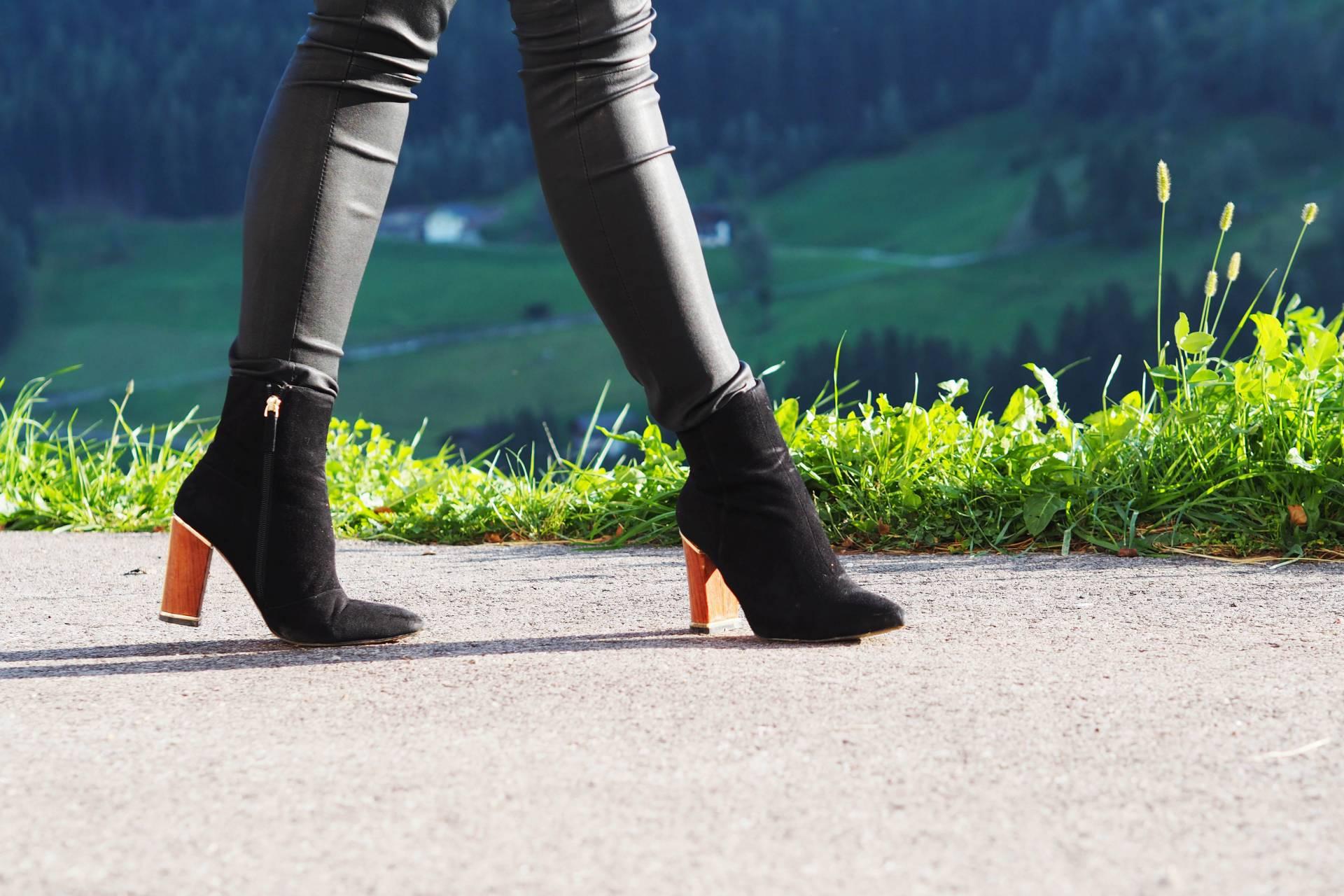 reiss wooden heel boots