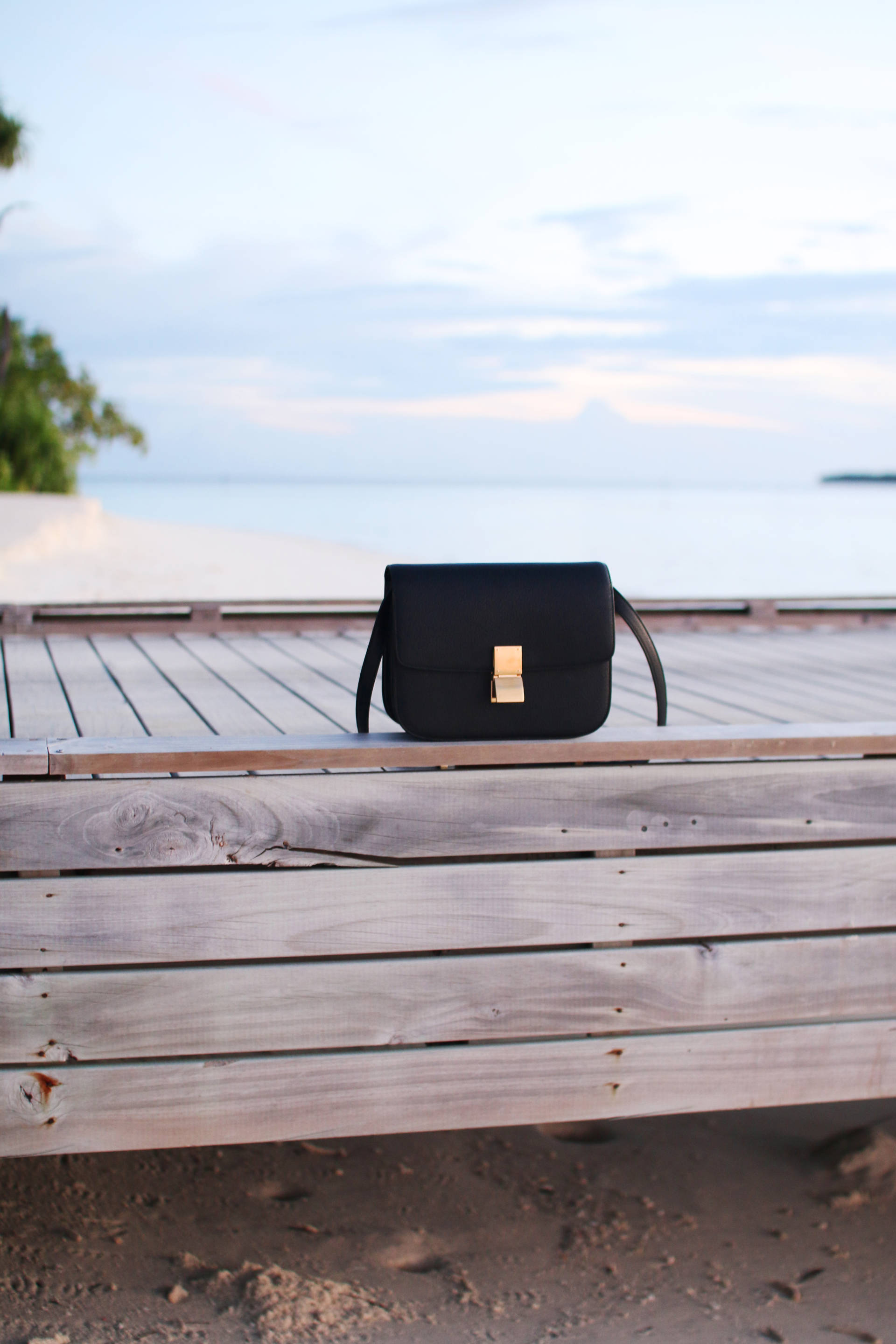 celine box bag black