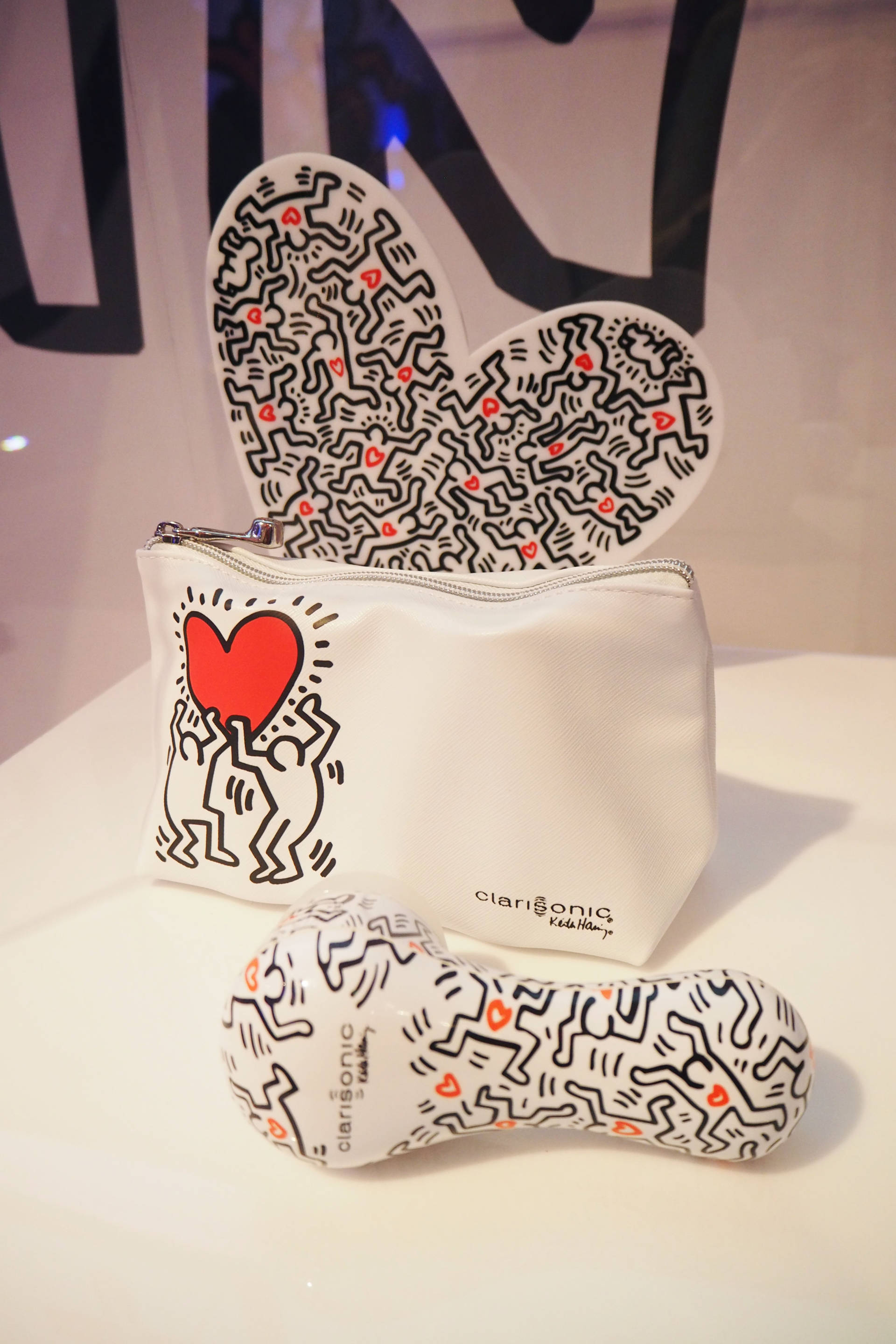 clarisonic x keith haring clarisonic mia 2 caollaboration