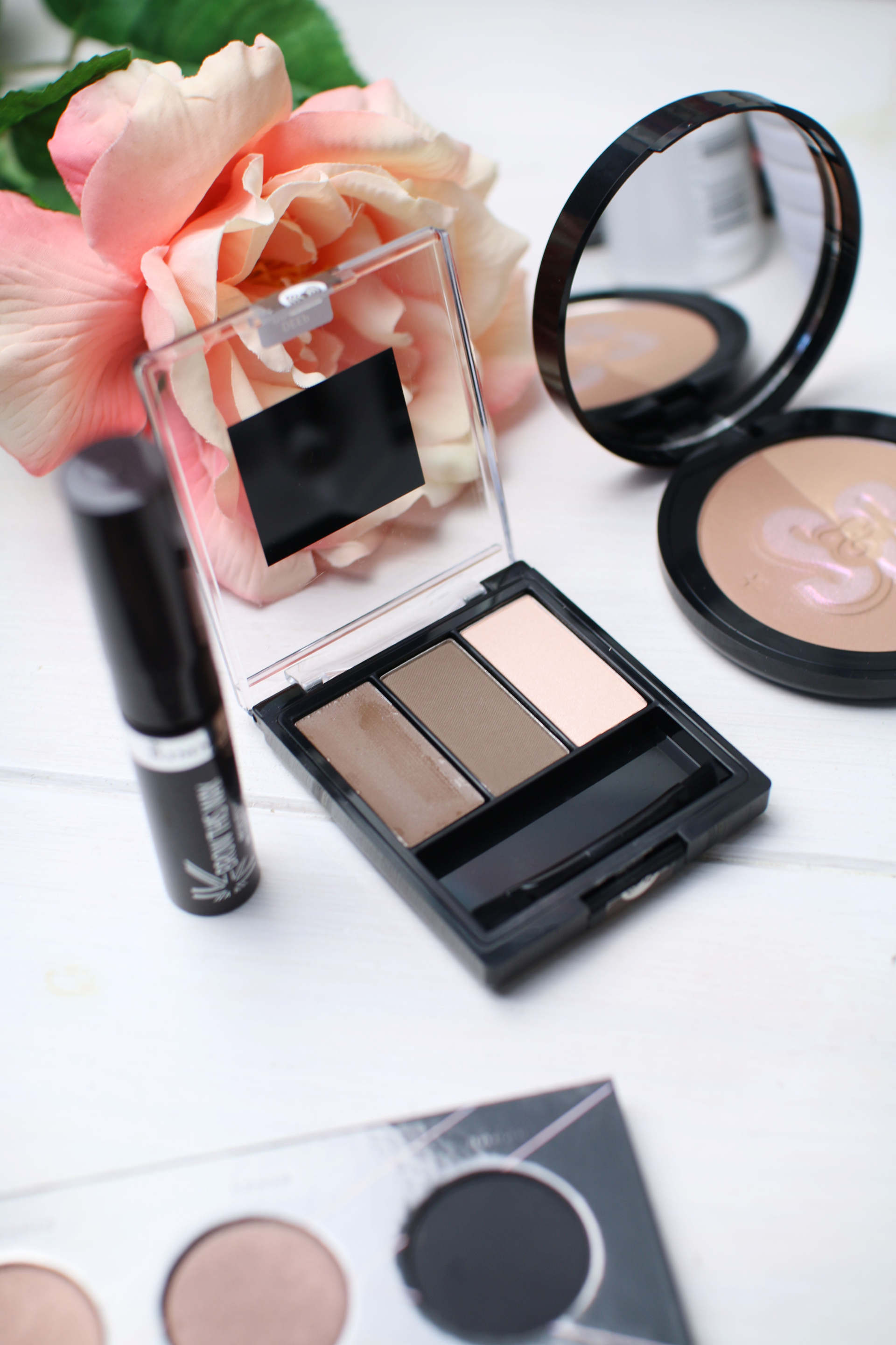 drugstore everyday makeup loreal, zoeva, soap and glory