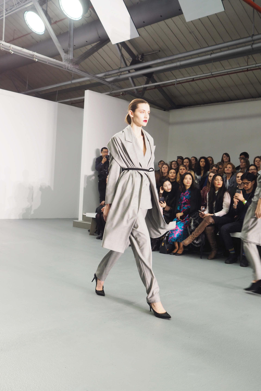 j js lee a/w16 london fashion week inthefrow