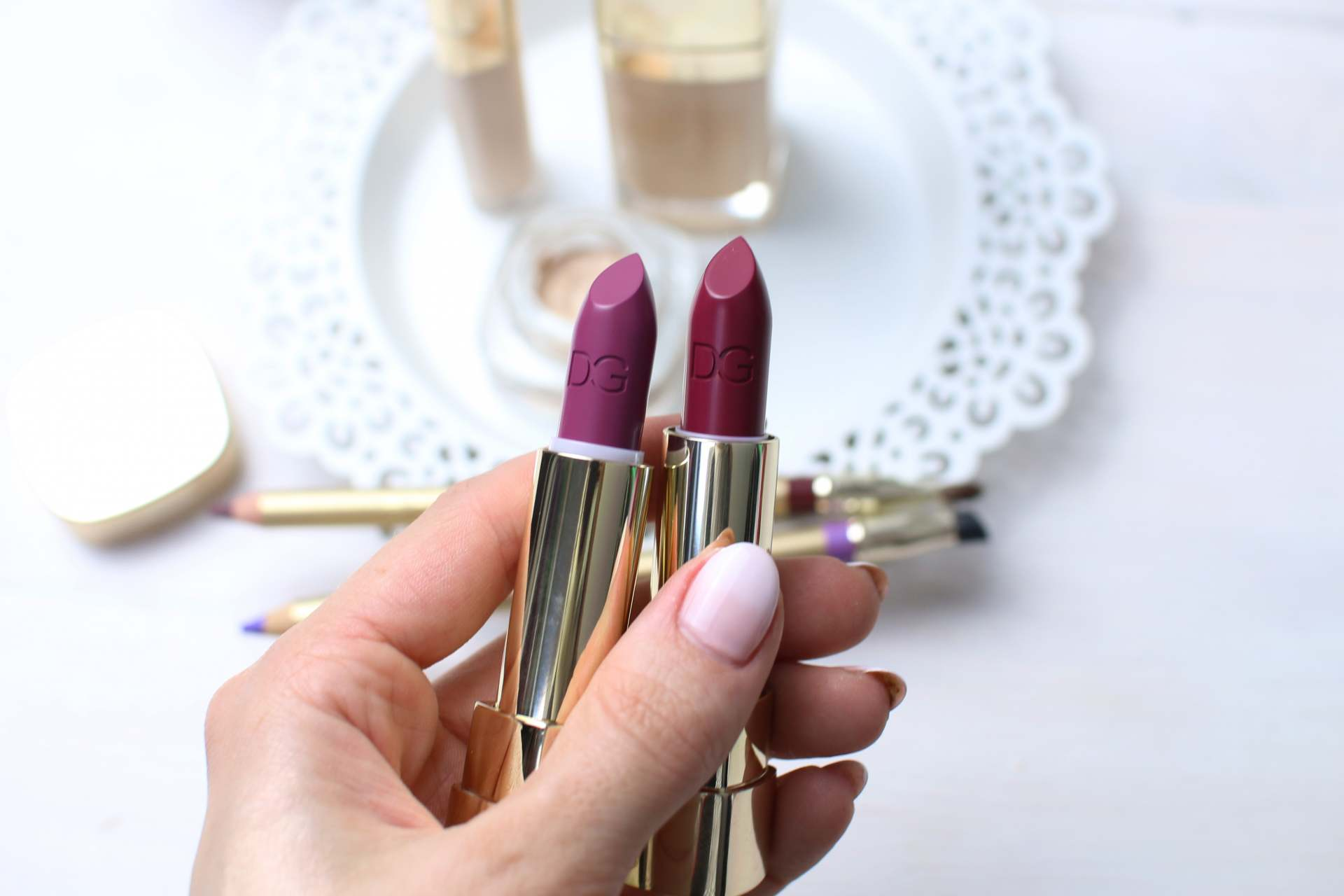 dolce and gabanna beauty inthefrow pink and purple lipsticks