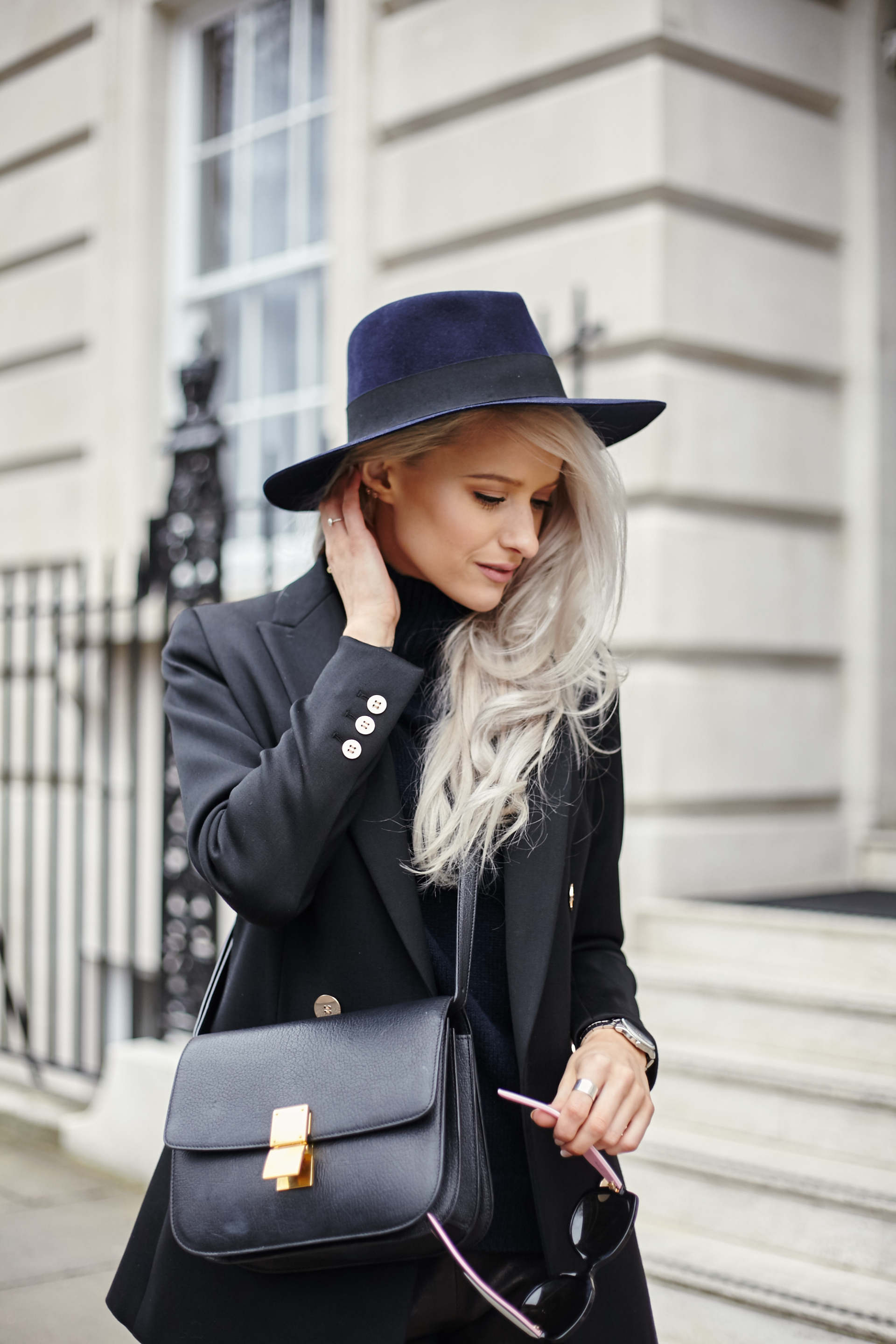 inthefrow london fashion week celine box bag
