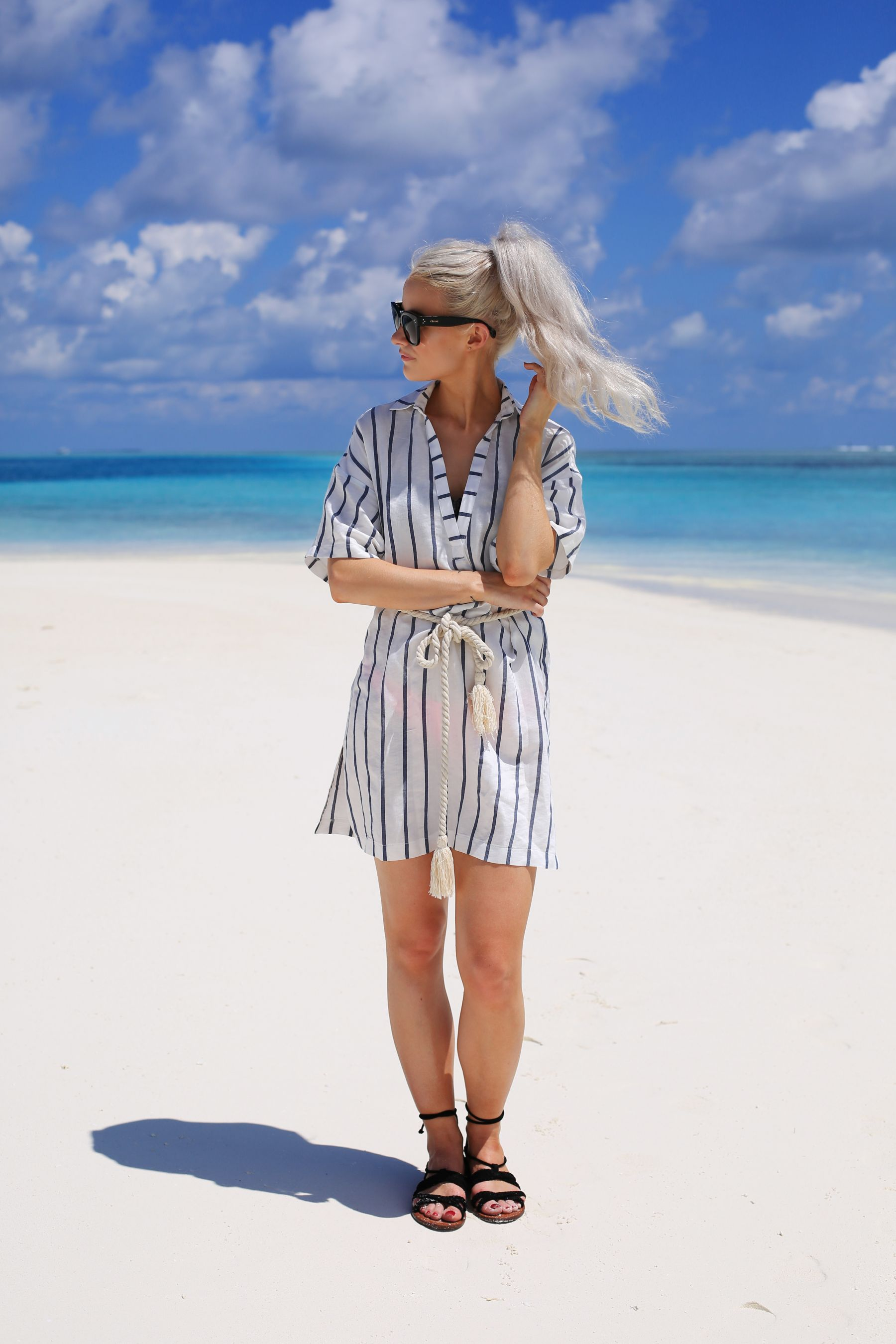 how to stay healthy on holiday / inthefrow