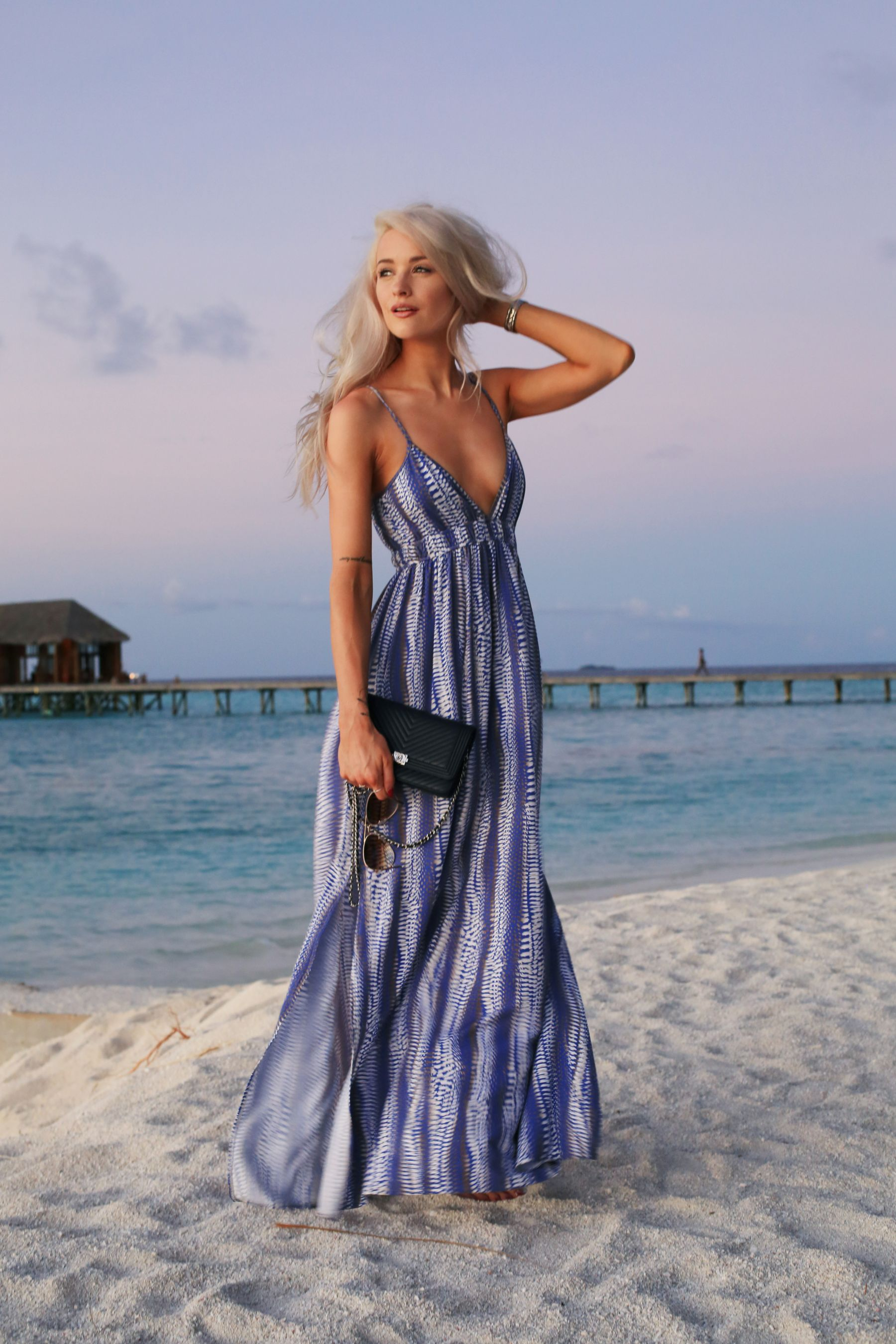 holiday evening outfits / blue melissa odabash maxi dress / inthefrow