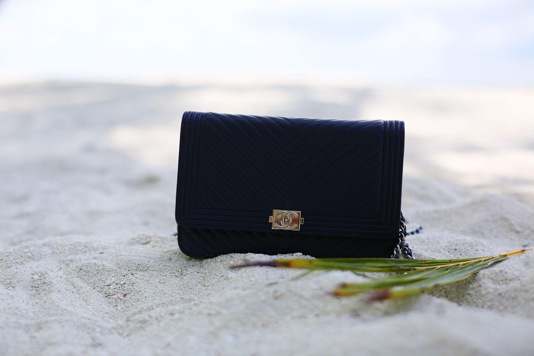 chanel wallet on chain blue herringbone