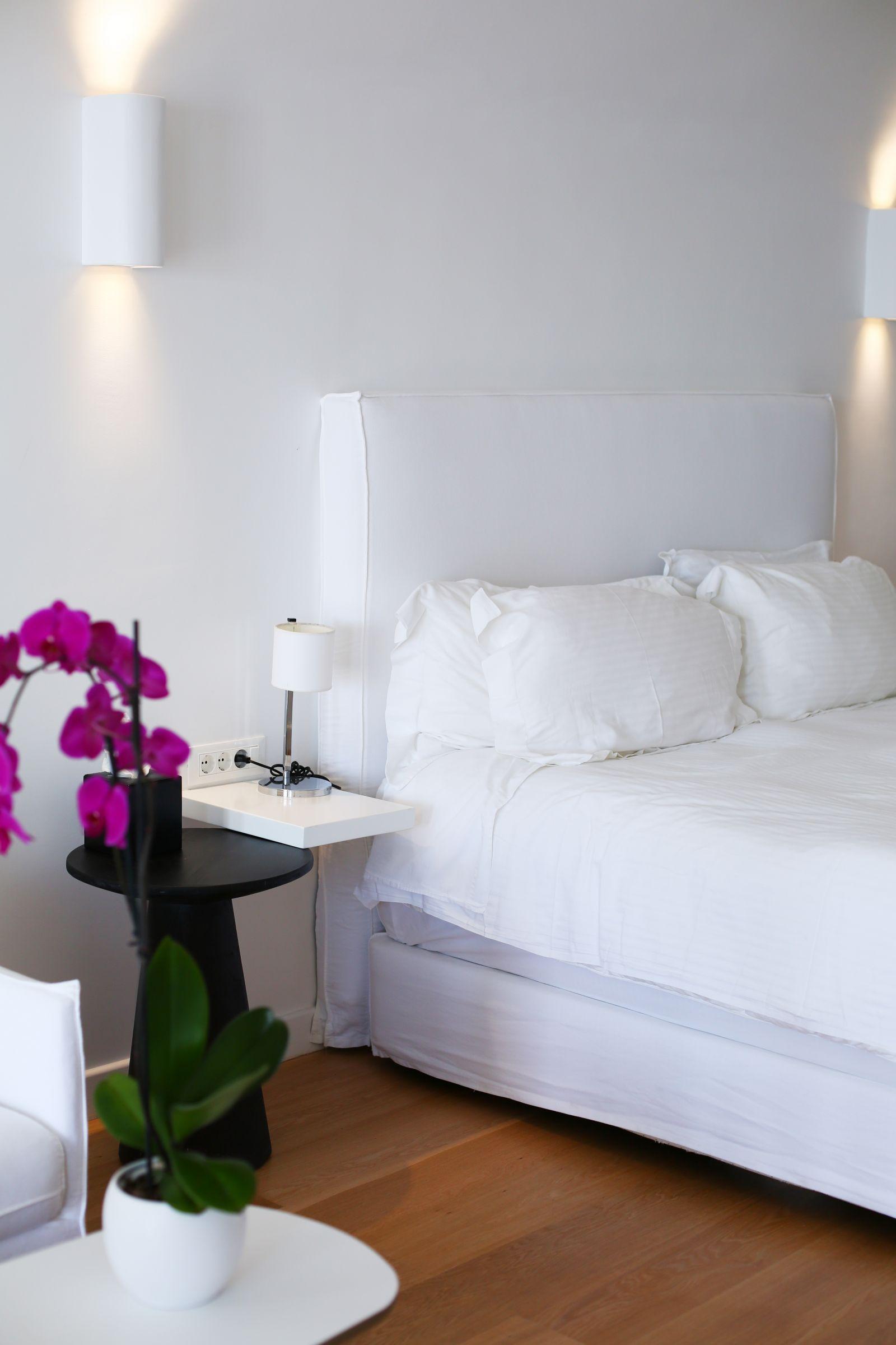 Katikies Hotel Oia, Santorini, Inthefrow