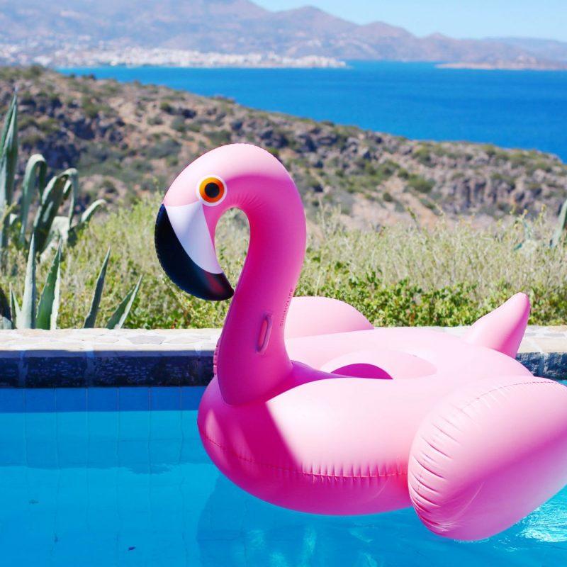 girls holiday to crete