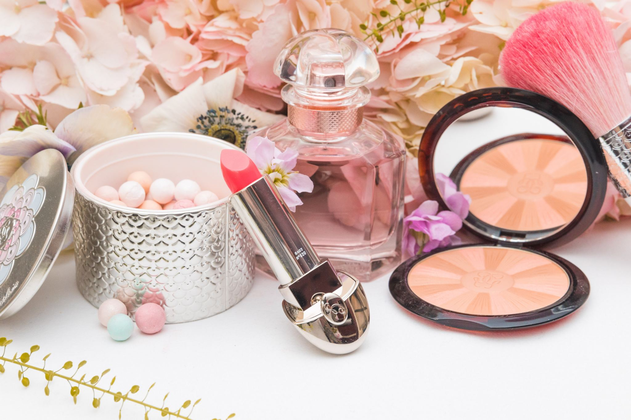 Guerlain: Spring Beauty Favourites and a Customisable ...